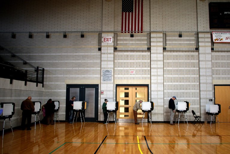 Voters at College Park Community Center (NY Times)